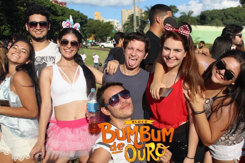Pré Carnaval - Bloco Bumbum de Ouro - Fotos Giovana Baliscei