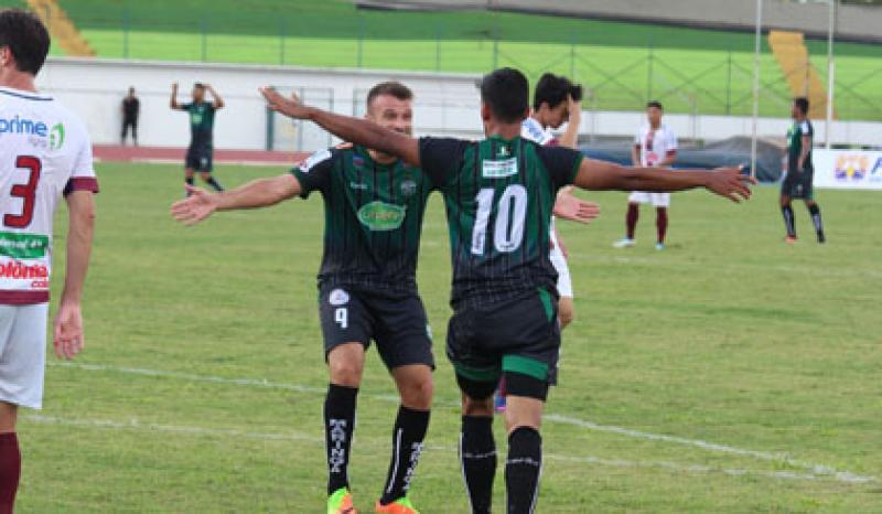 Maringá vence o Toledo por 3 a 1 em sua estreia em casa pelo Paranaense