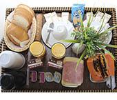 'Motel IT' inicia hoje promoção de pernoite + café da manhã por 100 reais. Saiba por quê